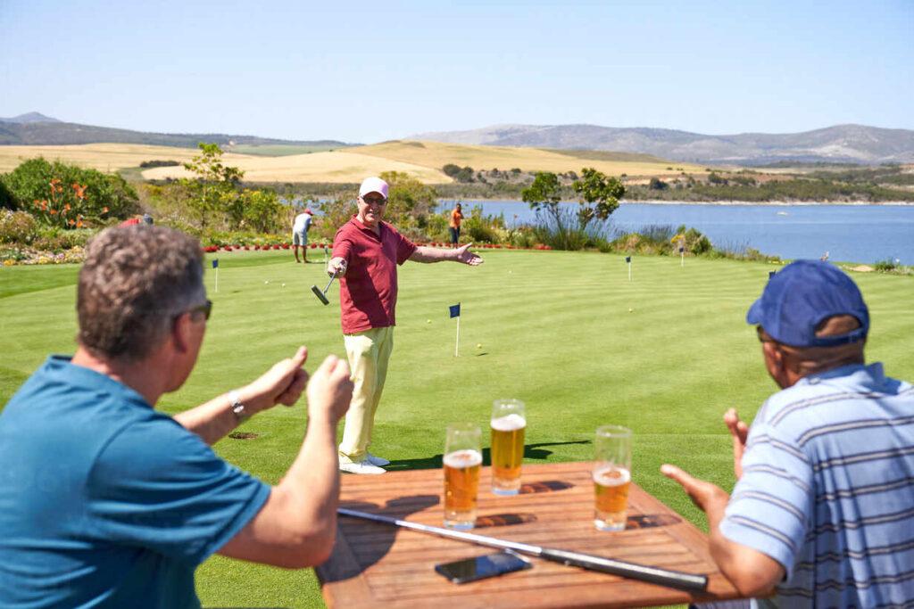 golf drinking